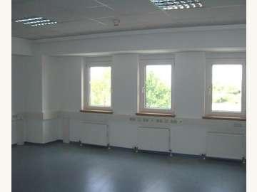 Bürohaus in Wiener Neudorf /  Mödling
