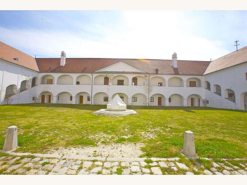 Schloss in 9102 Mittertrixen - 2