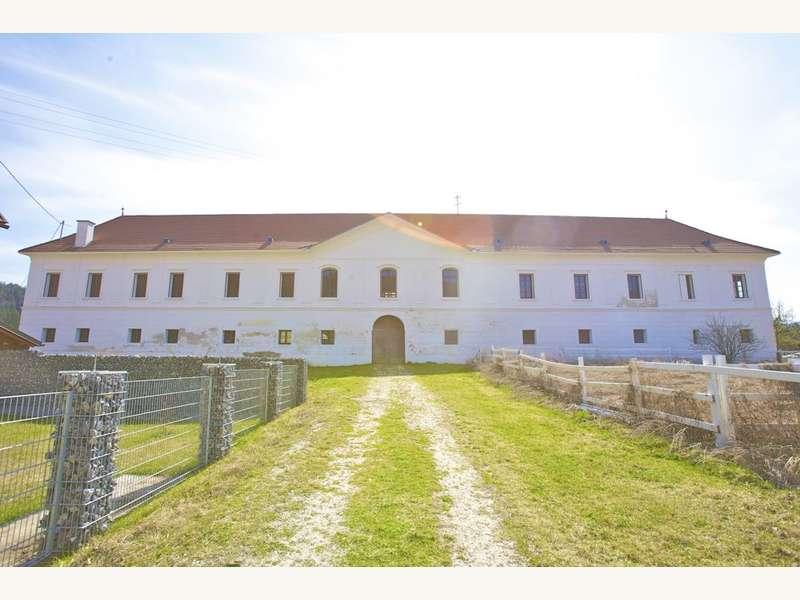 Schloss in 9102 Mittertrixen - 16